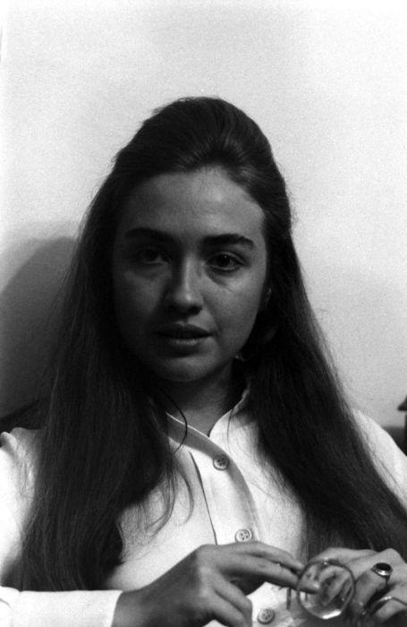 Vintage Photos Of A Young Hillary Clinton (11 pics)