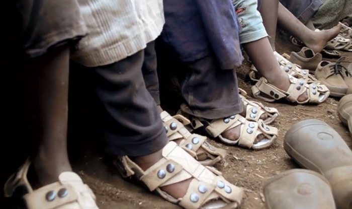 Man Invents Shoes That Grow 5 Sizes In 5 Years (6 pics)