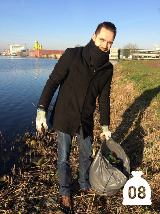 Dutch Man Starts Cleaning Up Pollution And Inspires Others To Do The Same (19 pics)