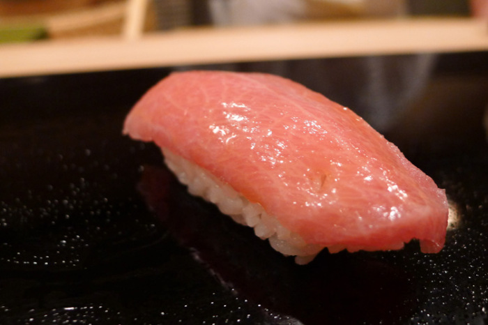 The Best Sushi Restaurant In The World Serves A 21 Course Meal (24 pics)