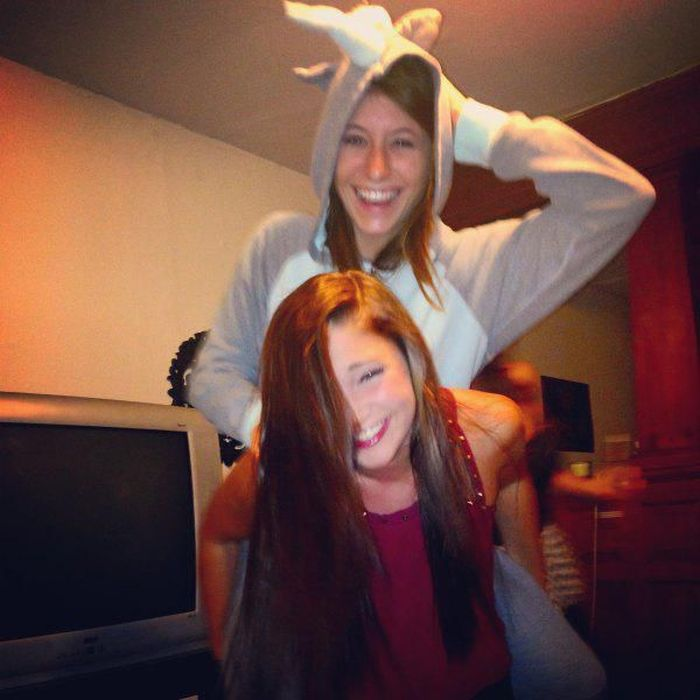 We Miss College (61 pics)
