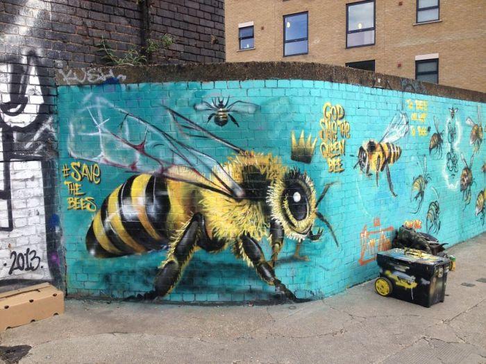 Street Artist In London Paints Bee Murals To Help Raise Awareness (14 pics)
