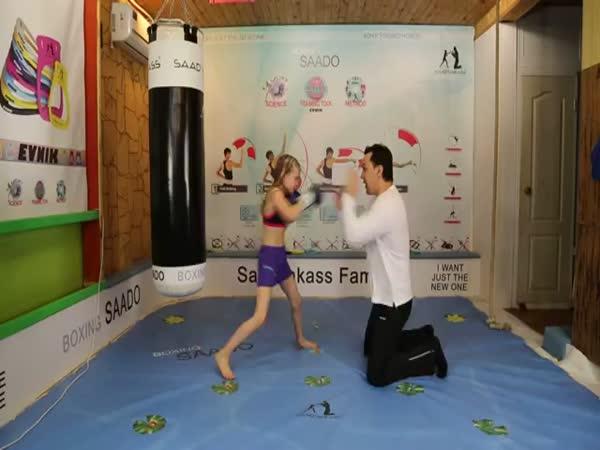 Amazing Fast Boxing