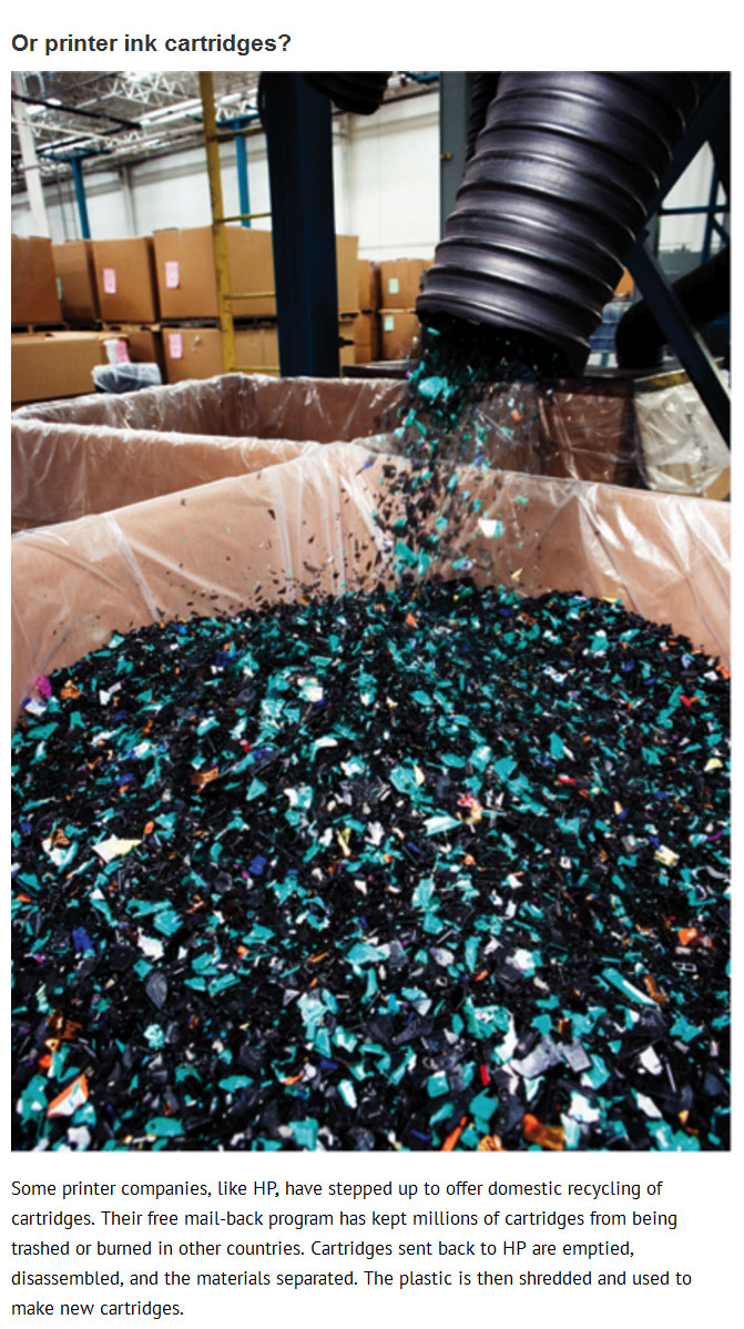 This Is What Happens To The Garbage You Recycle (23 pics)