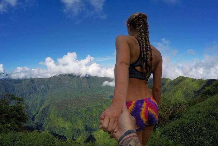 This Couple Is Living The Dream Life Traveling The World (25 pics)