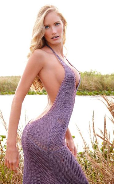 Girls Wrapped Up In Tight Dresses Make Such A Pretty Package (51 pics)