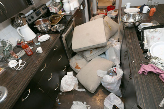 Short Term Renters Do $75,000 Worth Of Damage To A Couple's Home (15 pics)