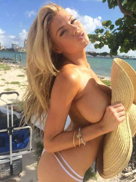 Busty Babes Make Every Day A Better Day (55 pics)