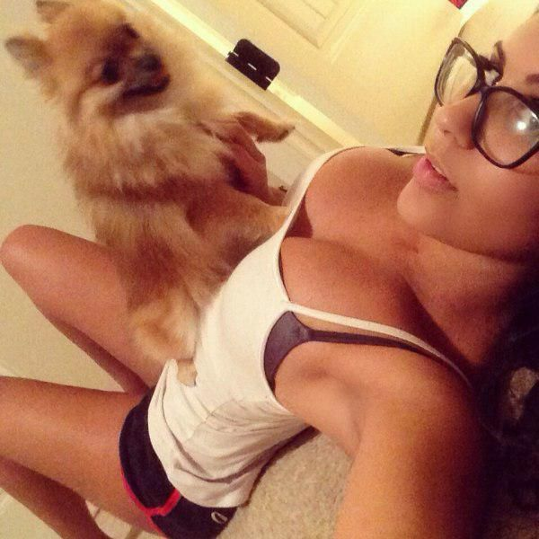 These Girls Know How To Make Glasses Look Drop Dead Sexy (52 pics)