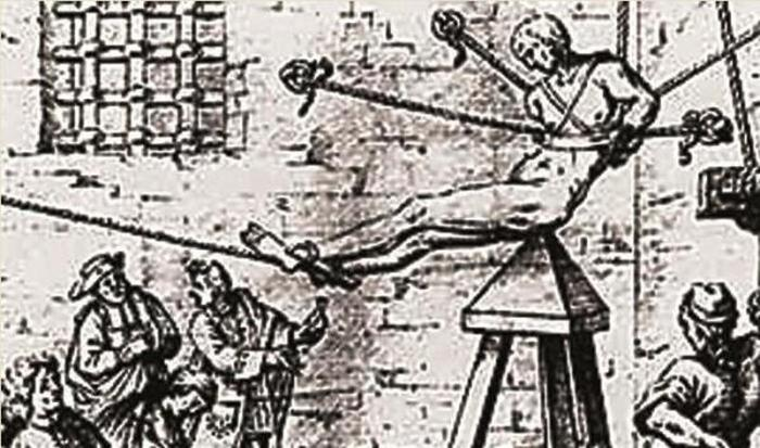 Painful Torture Devices From The Middle Ages (7 pics)