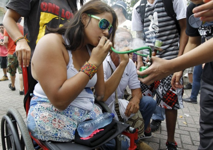 Marijuana Activists Gather For A Demonstration In Columbia (14 pics)