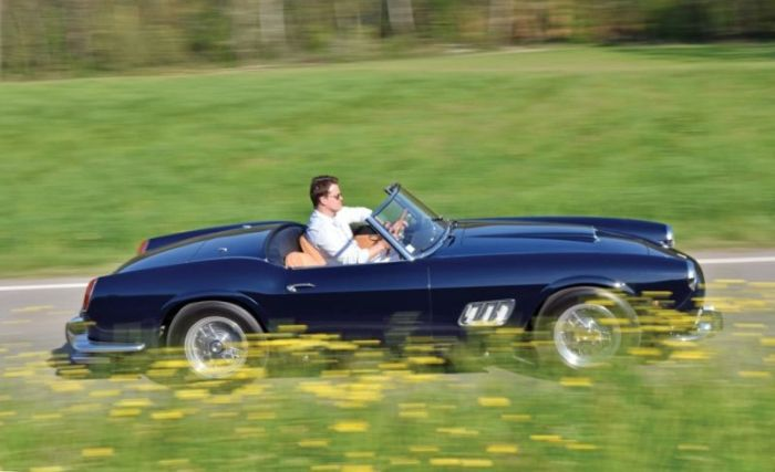 Rare Ferrari 250GT California Spider Is Worth A Lot Of Money (11 pics)