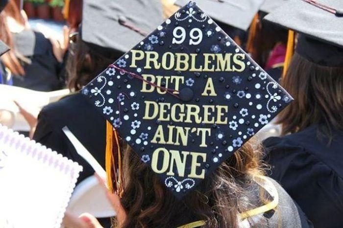 Graduation Caps That Tell It Like It Is (15 pics)