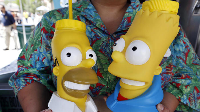Universal Studios Has Recreated The Simpsons' Hometown Of Springfield (20 pics)