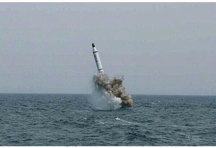 North Korea Testing Submarine Based Ballistic Missiles (5 pics)