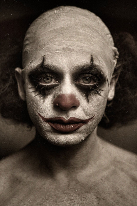 These Clown Portraits By Eolo Perfido Are Beyond Terrifying (21 pics)