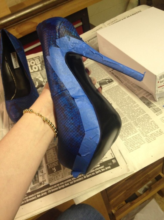 Girl Makes $5,000 Prom Shoes On A $40 Budget (12 pics)
