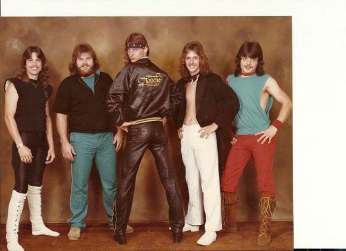 Band Photos That Are Absolutely Cringeworthy (21 pics)