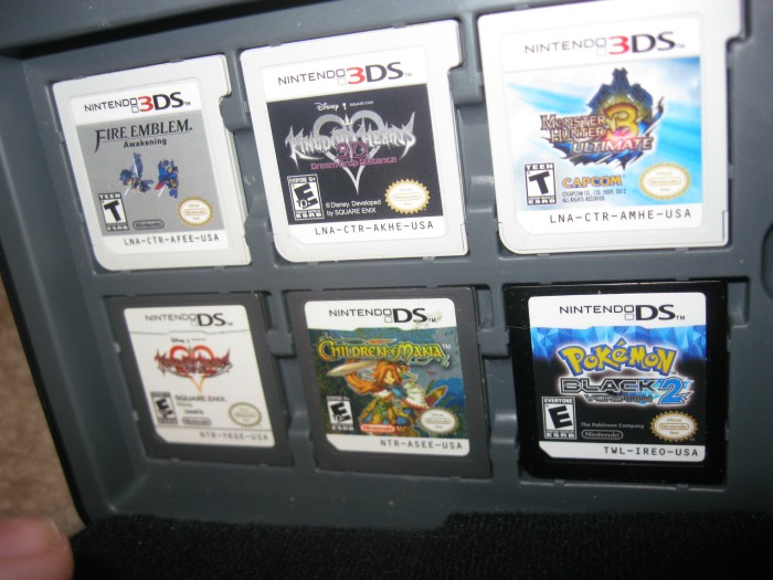 Man's Finds Something Incredible In A Nintendo 3DS Case (15 pics)