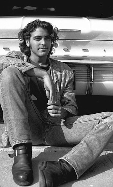 A Young George Clooney Had Long Hair And Sideburns In 1989 (14 pics)