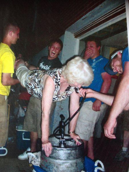 Funny Drunk People (48 pics)
