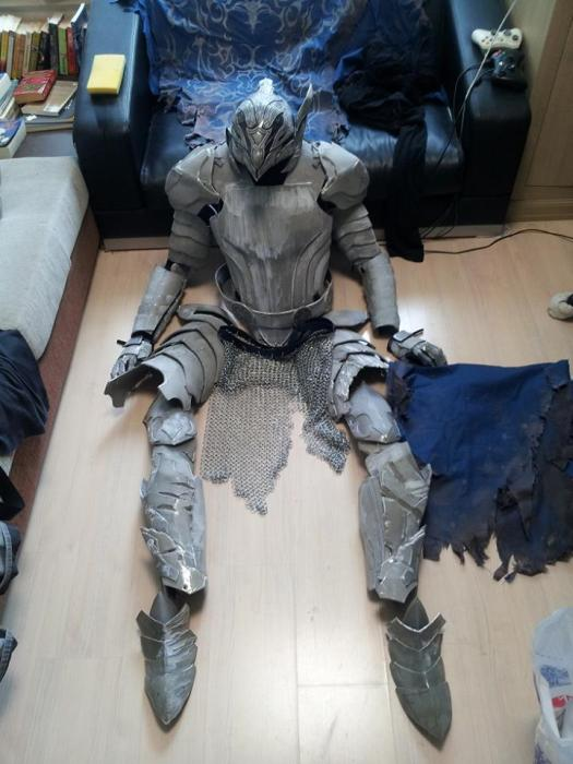 This Artorias Cosplay Is Extreme (11 pics)