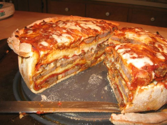 This Crazy Pizza Concoction Looks Insane And Delicious (25 pics)