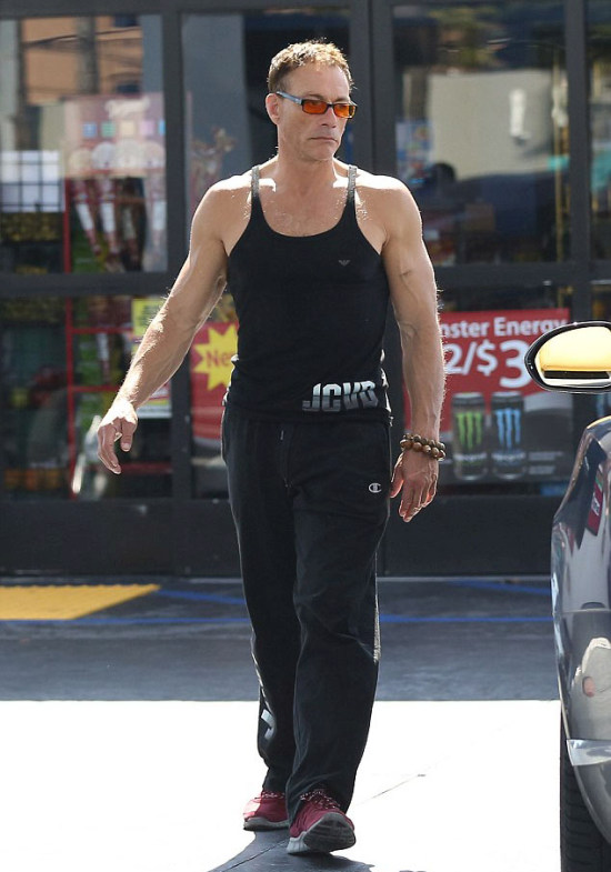 Jean-Claude Van Damme Is Still Jacked At Age 54 (7 pics)