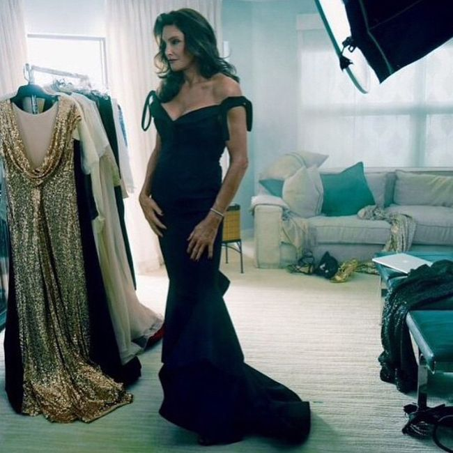 Bruce Jenner Stuns The World As Caitlyn Jenner Poses For Vanity Fair (4 pics)