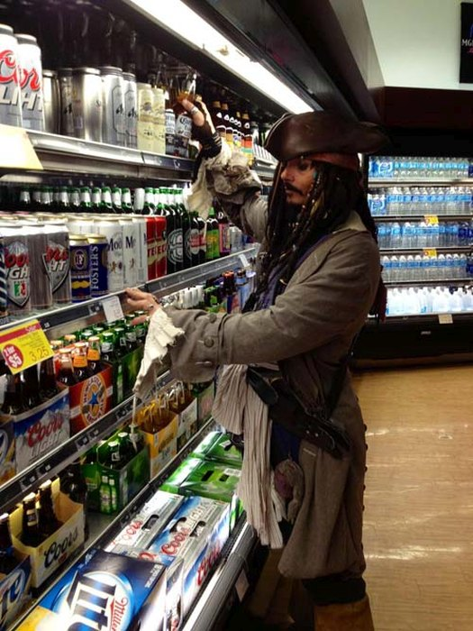 Costumed Characters Hanging Out In Public Doing Everyday Things (19 pics)