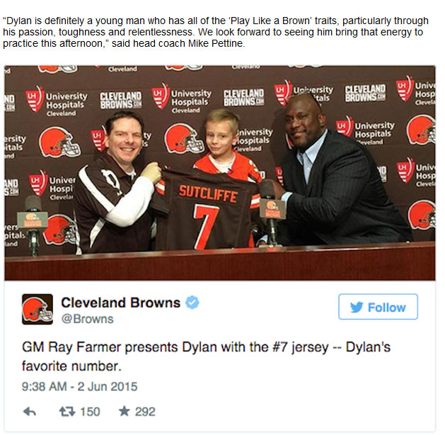 The Cleveland Browns Signed A 9 Year Old To A Contract To Grant His Wish (4 pics)