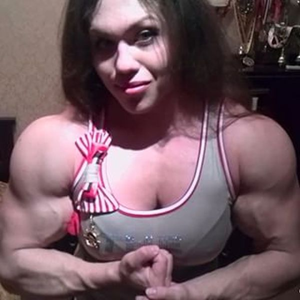 Natalia Trukhina Is A 23 Year Old Woman That Could Break You In Half (15 pics)