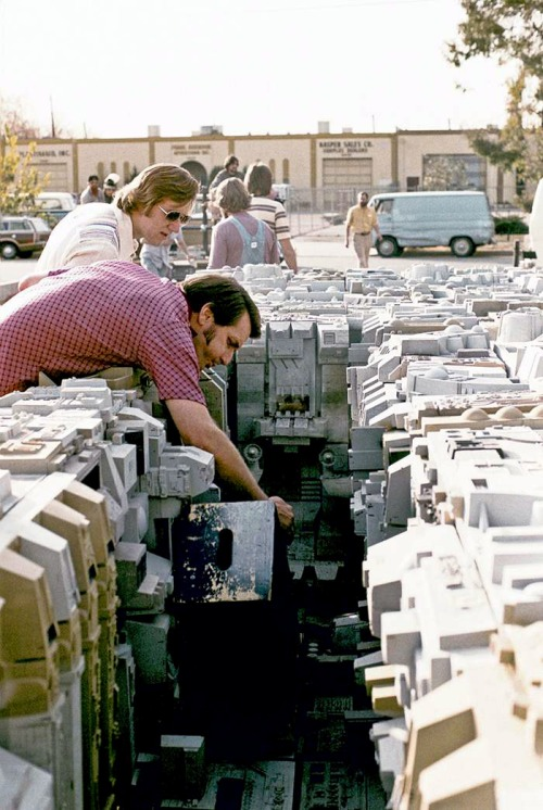 A Behind The Scenes Look At The Special Effects Of Star Wars (10 pics)