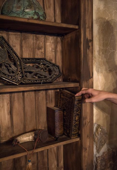 This Elder Scrolls Fan Spent $50,000 To Remodel His Basement (9 pics)
