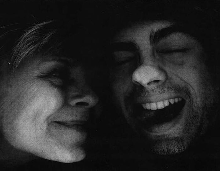 Mother And Son Recreate A 20 Year Copy Machine Photo (2 pics)