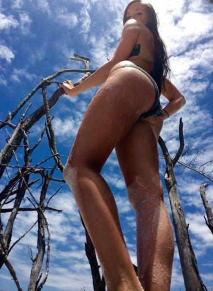 These Hot And Sexy Beach Babes Will Make You Happy Bikini Season Is Back (39 pics)