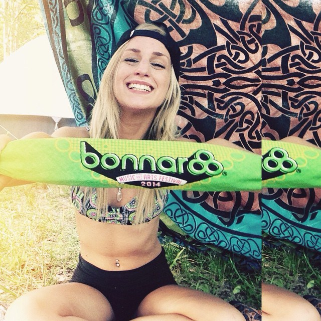 The Hottest Babes From Bonnaroo 2015 (39 pics)