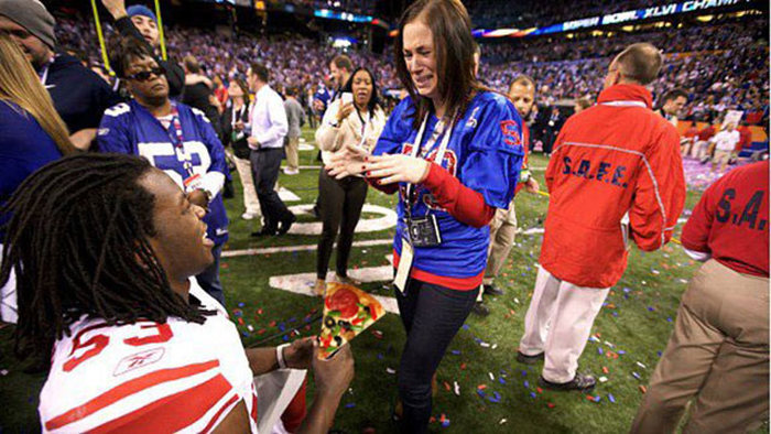 Pizza Proposals Are The Most Romantic Thing Ever (16 pics)