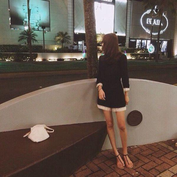 Very Skinny Girls (24 pics)