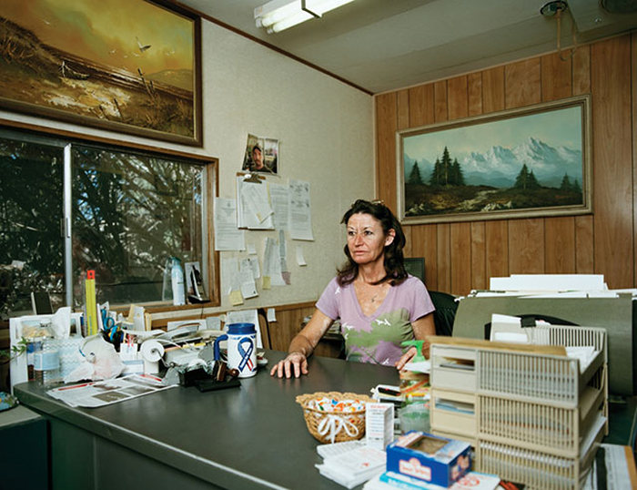 Pamela Littky's New Photo Series Gives Us A Glimpse Of Life In Death Valley (20 pics)