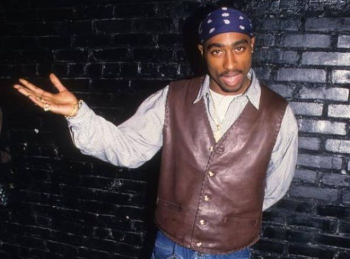 Fascinating Facts About Legendary Rapper Tupac Shakur (18 pics)