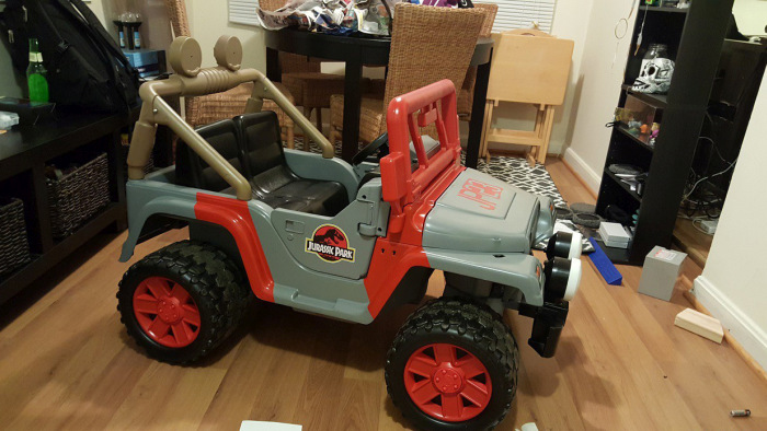 Barbie Jeep Gets Converted Into A Jeep From Jurassic Park (24 pics)