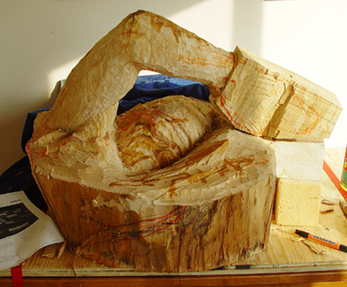 A Sculptor Turned This Tree Trunk Into Something Truly Amazing (16 pics)