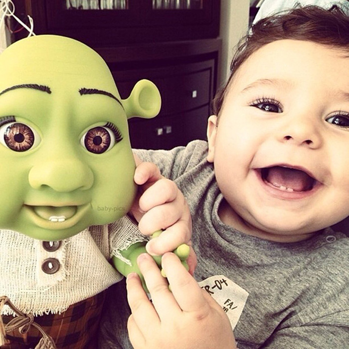 Children Who Look Shockingly Similar To Their Toy Dolls (34 pics)