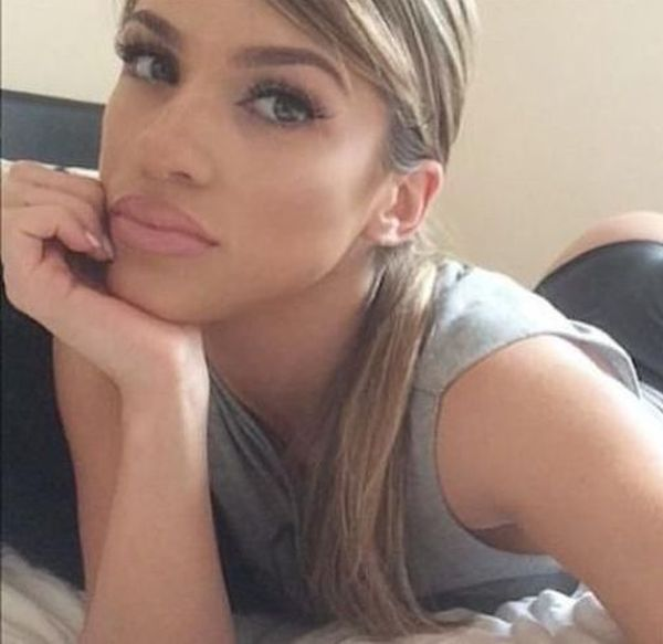 These Girls Know Are More Than Happy To Show Off Their Beautiful Booty (49 pics)
