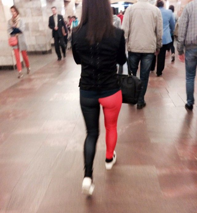 Fashion Choices You Will Only See On The Streets Of Russia (40 pics)