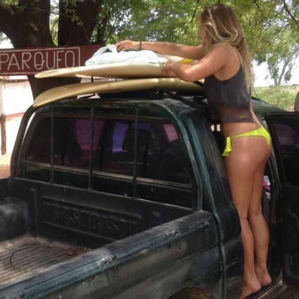 Surfer Girls Are A Special Kind Of Sexy (44 pics)