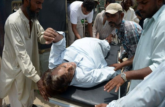 People In Pakistan Are Passing Away Due To The Extreme Heat (17 pics)