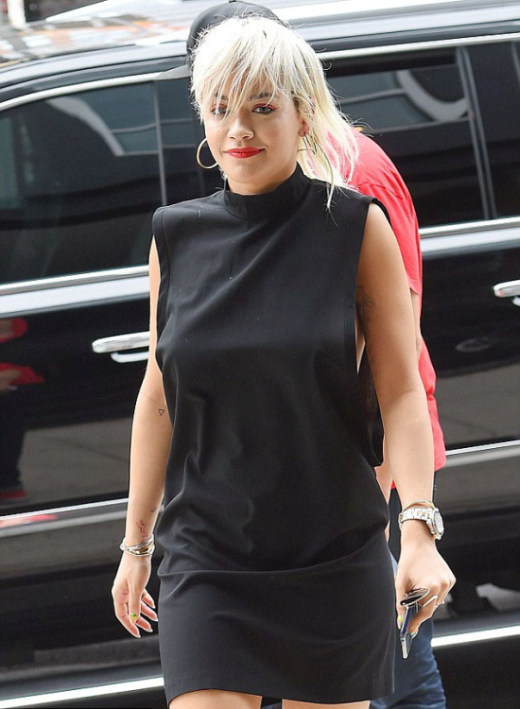 Rita Ora Recently Flashed Some Sideboob In New York City (5 pics)