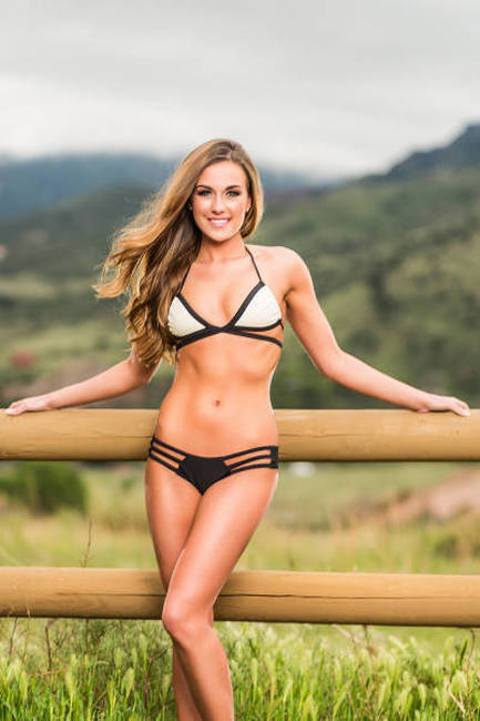 Say Hello To The Hot Babes Of The 2015 Hooters International Swimsuit Pageant (98 pics)